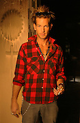 SEAN BROSNAN  AT FATHERS NICK NOLTES PROPERTY IN MALIBU CALIFORNIA 8.12.08.PIX STEVE BUTLER