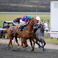 Wisecraic and Liam Keniry in the 3.00 race