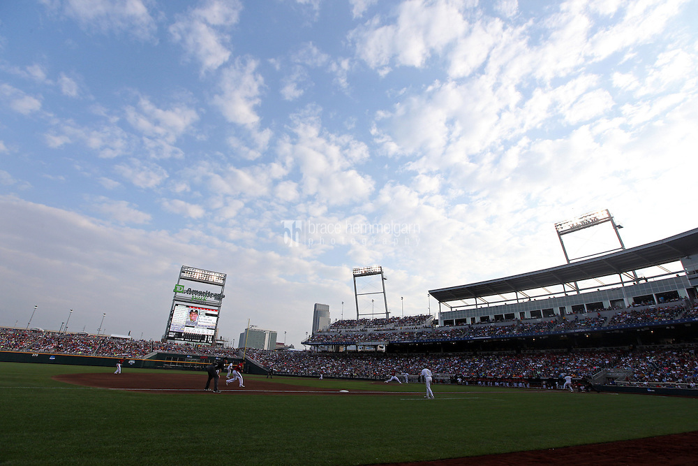 A general view of TD Ameritrade Park during Game 2 of the 2014 Men's College World Series between the Vanderbilt Commodores and Louisville Cardinals at TD Ameritrade Park on June 14, 2014 in Omaha, Nebraska. (Brace Hemmelgarn)