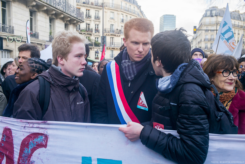 Manifestation des étudiants et lycéens contre les réformes de l'accès à l'université et au bac (loi Vidal). Samedi 1er février 2018 à Paris, de Jussieu à la Sorbonne. Le cortège de France Insoumise.