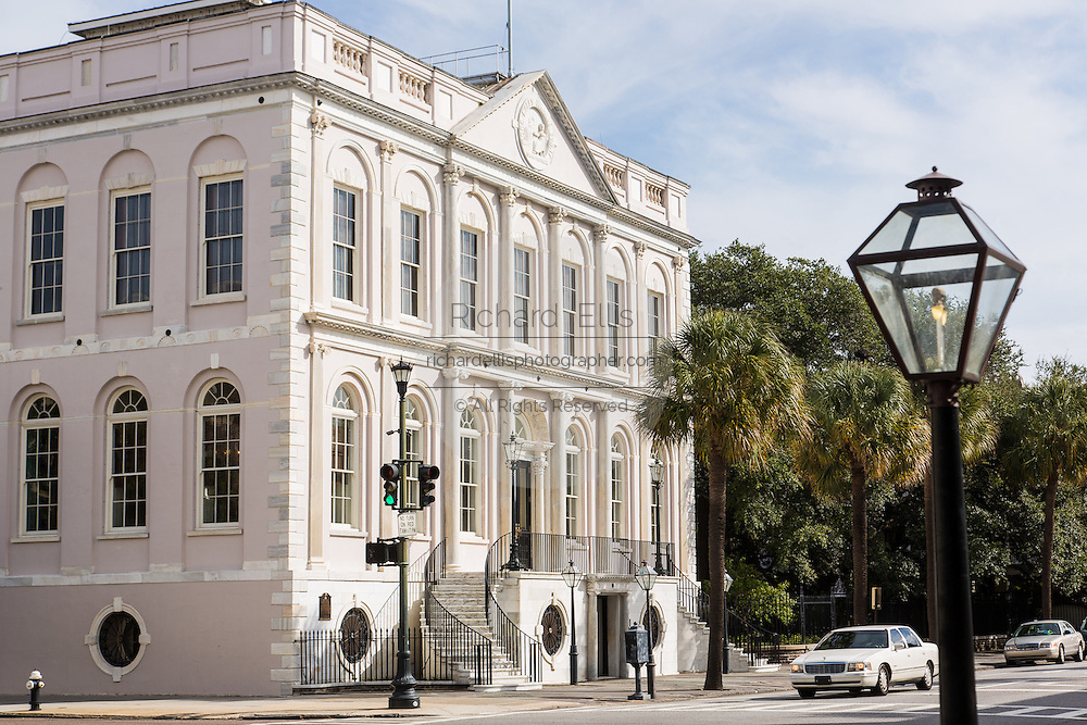 Charleston City Hall in Charleston, SC.