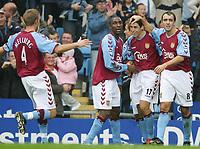 Fotball<br /> Premier League 2004/2005<br /> 06.11.2004<br /> Foto: SBI/Digitalsport<br /> NORWAY ONLY<br /> <br /> Aston Villa v Portsmouth<br /> <br /> VILLA'S PETER WHITTINGHAM CELEBRATES OPENING GOAL