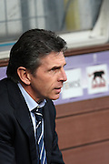 Lyon coach Claude Puel. Toulouse v Olympique Lyonnais, Ligue 1, Stade Municipal, Toulouse, France, 7th Feb 2010.