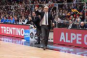 DESCRIZIONE : Milano BEKO Final Eigth  2016<br /> Vanoli Cremona - Dinamo Banco di Sardegna Sassari<br /> GIOCATORE : Cesare Pancotto<br /> CATEGORIA :  Allenatore Coach Mani<br /> SQUADRA : Vanoli Cremona<br /> EVENTO : BEKO Final Eight 2016<br /> GARA : Vanoli Cremona - Dinamo Banco di Sardegna Sassari<br /> DATA : 19/02/2016<br /> SPORT : Pallacanestro<br /> AUTORE : Agenzia Ciamillo-Castoria/M.Longo<br /> Galleria : Lega Basket A 2016<br /> Fotonotizia : Milano Final Eight  2015-16 Vanoli Cremona - Dinamo Banco di Sardegna Sassari<br /> Predefinita :