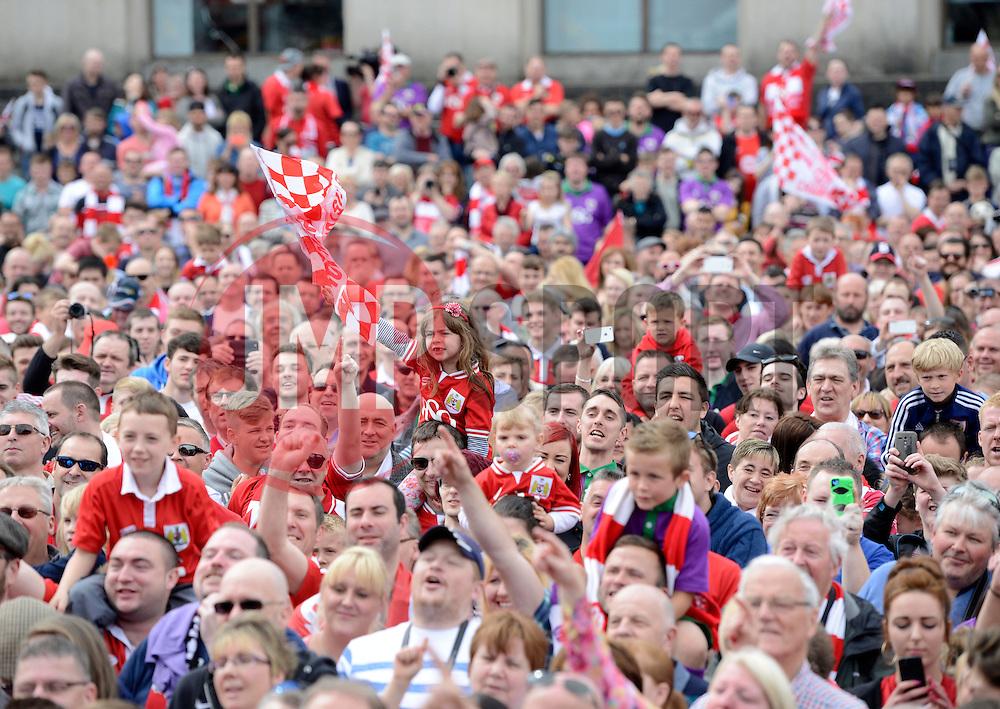 Fans fill the Lloyds Amphitheater - Photo mandatory by-line: Joe Meredith/JMP - Mobile: 07966 386802 - 04/05/2015 - SPORT - Football - Bristol -  - Bristol City Celebration Tour