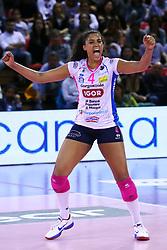 01-05-2017 ITA: Liu Jo Volley Modena - Igor Gorgonzola Novara, Modena<br /> Final playoff match 1 of 5 / Celeste Plak #4<br /> <br /> ***NETHERLANDS ONLY***