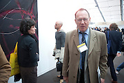 ANTHONY HADEN-GUEST, Opening of Frieze 2009. Regent's Park. London. 14 October 2009 *** Local Caption *** -DO NOT ARCHIVE-© Copyright Photograph by Dafydd Jones. 248 Clapham Rd. London SW9 0PZ. Tel 0207 820 0771. www.dafjones.com.<br /> ANTHONY HADEN-GUEST, Opening of Frieze 2009. Regent's Park. London. 14 October 2009