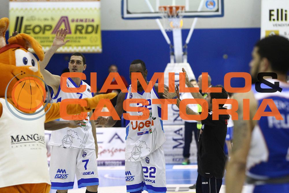 DESCRIZIONE : Capo dOrlando Lega A 2014-15 Orlandina UPEA Basket Acqua Vitasnella Cantu  <br /> GIOCATORE :  Sek Henry<br /> CATEGORIA :  Esultanza<br /> SQUADRA : Orlandina UPEA Basket Acqua Vitasnella Cantu  <br /> EVENTO : Campionato Lega A 2014-2015 <br /> GARA : Orlandina UPEA Basket Acqua Vitasnella Cantu  <br /> DATA : 14/12/2014<br /> SPORT : Pallacanestro <br /> AUTORE : Agenzia Ciamillo-Castoria/G. Pappalardo <br /> Galleria : Lega Basket A 2014-2015 <br /> Fotonotizia : Capo dOrlando Lega A 2014-15 Orlandina UPEA Basket Acqua Vitasnella Cantu