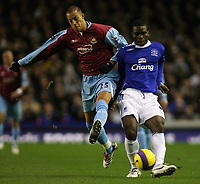 Photo: Paul Thomas.<br /> Everton v West Ham United. The Barclays Premiership. 03/12/2006.<br /> <br /> Joseph Yobo (R) of Everton. Bobby Zamora of West Ham.