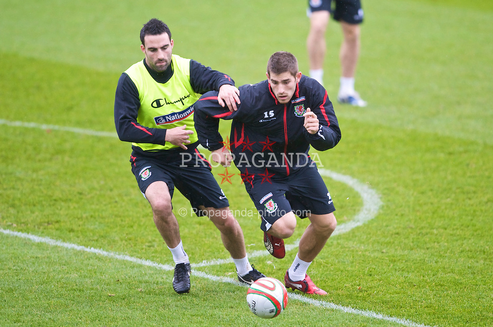 CARDIFF, WALES - Friday, November 13, 2009: Wales' Ched Evans and Craig Morgan during training at the Vale of Glamorgan ahead of the international friendly match against Scotland. (Pic by David Rawcliffe/Propaganda)
