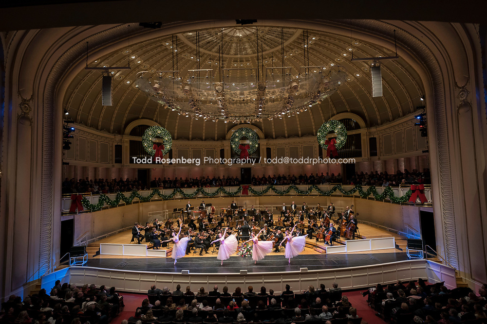 12/30/17 3:54:09 PM -- Chicago, IL, USA<br /> Attila Glatz Concert Productions' &quot;A Salute to Vienna&quot; at Orchestra Hall in Symphony Center. Featuring the Chicago Philharmonic <br /> <br /> &copy; Todd Rosenberg Photography 2017