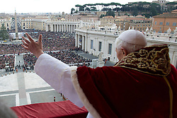 Pope Benedict XVI delivers his traditional Christmas Urbi et Orbi blessing from the balcony of St. Peter's Basilica at the Vatican City, Italy, December 24, 2012. Photo by Imago / i-Images...UK ONLY