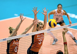 08-08-2014 NED: FIVB Grand Prix Nederland - Puerto Rico, Doetinchem<br /> Judith Pietersen, Yvon Beliën