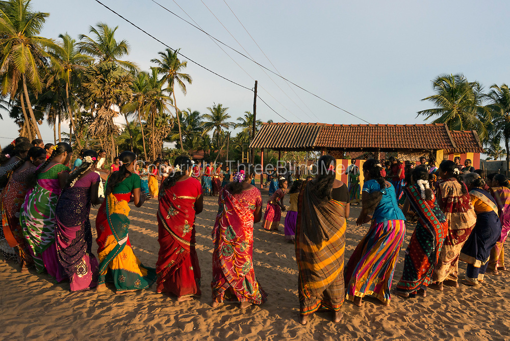 In the evenings of this festival, women gather to dance around shrines at Hindu Kovils/shrines around the village.<br />