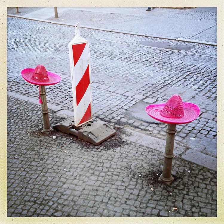 Germany - BERLIN - iPhone Hipstamatic DIARY; 17.01.2013 - Berlin Kreuzberg - Pink Sombreros; 06.03.2013 © Christian Jungeblodt.