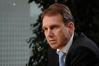16 FEB 2007, BERLIN/GERMANY:<br /> Dieter Althaus, CDU, Ministerpraesident Thueringen, waehrend einem Interview, Landesvertretung Thueringen<br /> IMAGE: 20070216-01-003<br /> KEYWORDS: Thüringen