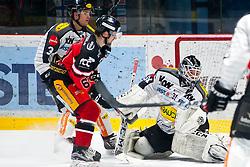 02.01.2016, Ice Rink, Znojmo, CZE, EBEL, HC Orli Znojmo vs Dornbirner Eishockey Club, 39. Runde, im Bild v.l. Andrew Mackenzie (Dornbirner) Ondrej Sedivy (HC Orli Znojmo) David Madlener (Dornbirner) // during the Erste Bank Icehockey League 39nd round match between HC Orli Znojmo and Dornbirner Eishockey Club at the Ice Rink in Znojmo, Czech Republic on 2016/01/02. EXPA Pictures © 2016, PhotoCredit: EXPA/ Rostislav Pfeffer