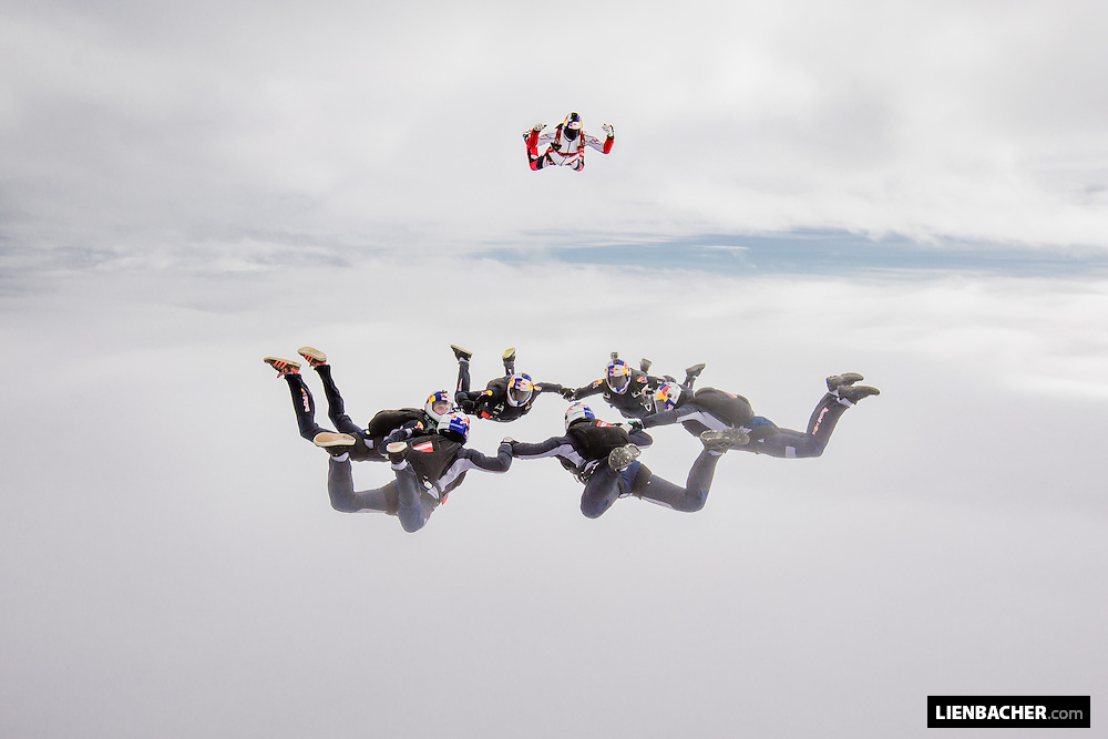 The Red Bull Skydive Team is forming a Speedstar with Alex Nicolau in Slovenj Gradec<br /> <br /> These were my very first photo-jumps during a training camp with the Team