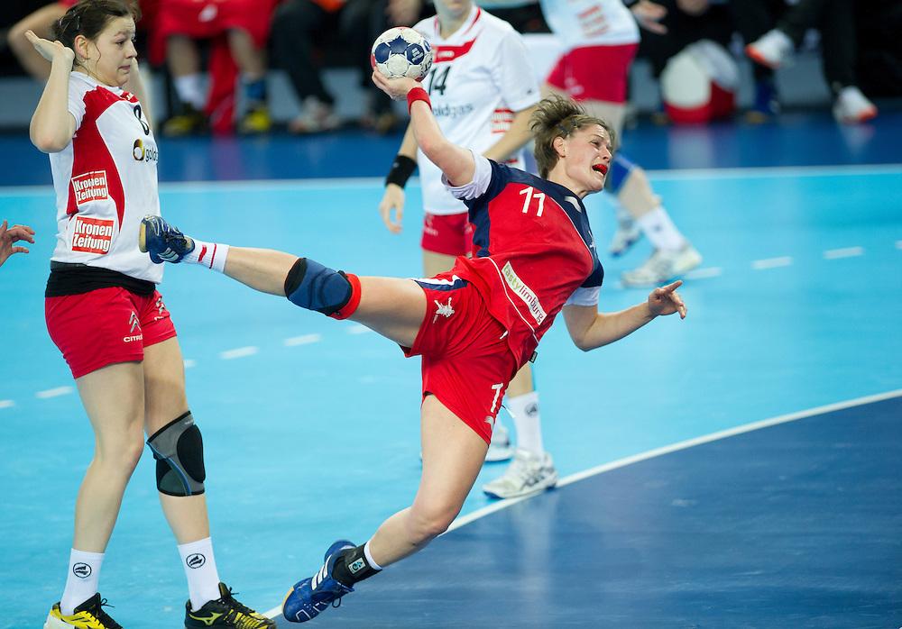 London Handball Cup - GB vs Austria - Lyn Byl (GB), Martina Goricanec (AUT)