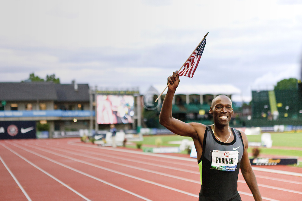 men's 800 meter final Kadevis Robinson victory lap