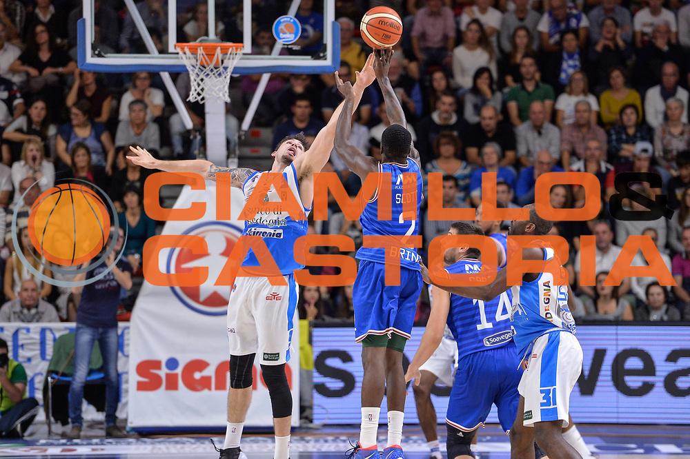DESCRIZIONE : Beko Legabasket Serie A 2015- 2016 Dinamo Banco di Sardegna Sassari - Enel Brindisi<br /> GIOCATORE : Durand Scott<br /> CATEGORIA : Tiro Tre Punti Three Point Controcampo<br /> SQUADRA : Enel Brindisi<br /> EVENTO : Beko Legabasket Serie A 2015-2016<br /> GARA : Dinamo Banco di Sardegna Sassari - Enel Brindisi<br /> DATA : 18/10/2015<br /> SPORT : Pallacanestro <br /> AUTORE : Agenzia Ciamillo-Castoria/L.Canu