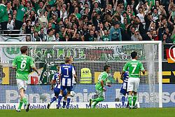 29.10.2011,Volkswagen Arena, Wolfsburg, GER, 1.FBL, VFL Wolfsburg vs Hertha BSC Berlin, im Bild  Mario Mandzukic (Wolfsburg #18) trifft zum 1 zu 1 .// during the match from GER, 1.FBL,VFL Wolfsburg vs Hertha BSC Berlin  on 2011/10/29, Volkswagen Arena, Wolfsburg, Germany..EXPA Pictures © 2011, PhotoCredit: EXPA/ nph/  Schrader       ****** out of GER / CRO  / BEL ******