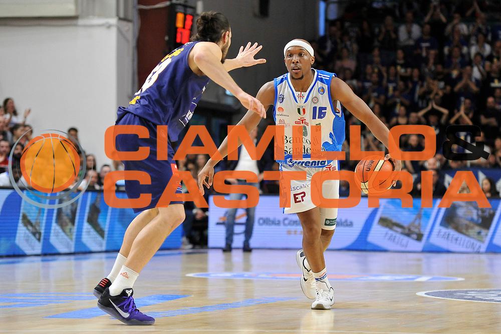 DESCRIZIONE : Beko Legabasket Serie A 2015- 2016 Dinamo Banco di Sardegna Sassari - Manital Auxilium Torino<br /> GIOCATORE : Josh Akognon<br /> CATEGORIA : Palleggio<br /> SQUADRA : Dinamo Banco di Sardegna Sassari<br /> EVENTO : Beko Legabasket Serie A 2015-2016<br /> GARA : Dinamo Banco di Sardegna Sassari - Manital Auxilium Torino<br /> DATA : 10/04/2016<br /> SPORT : Pallacanestro <br /> AUTORE : Agenzia Ciamillo-Castoria/C.Atzori