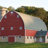 Heartland - Farms and Barns Iowa Wisconsin