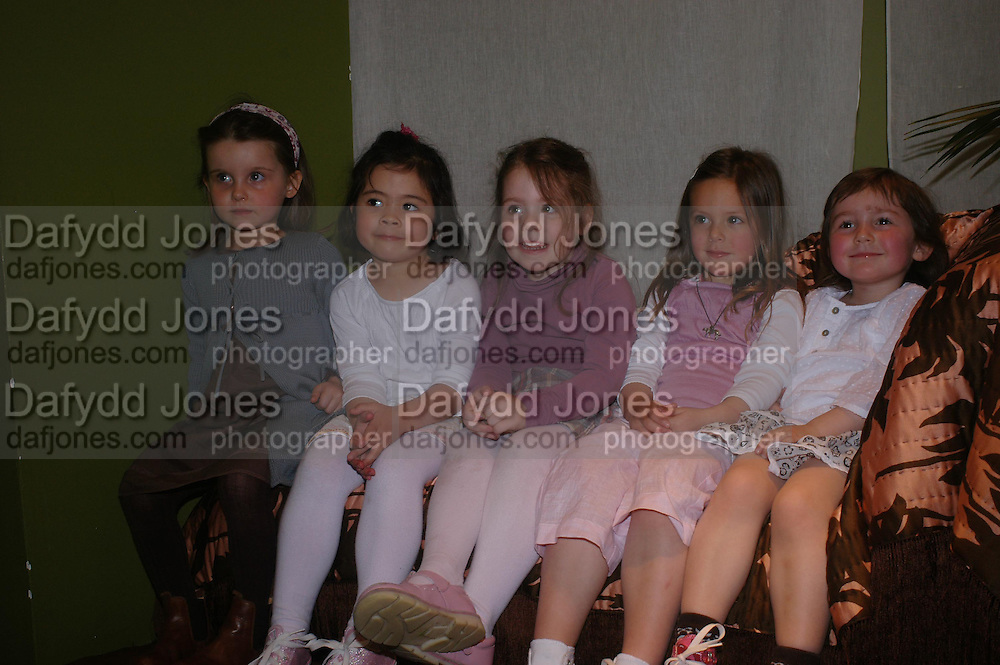 Isabella Harley, Ines Dols Wong, Isabella St. Clair, Katie Newman and Lola Vogel. Launch of 'Lucy  Sykes Baby, New York' Selfridges. 14 April 2005. ONE TIME USE ONLY - DO NOT ARCHIVE  © Copyright Photograph by Dafydd Jones 66 Stockwell Park Rd. London SW9 0DA Tel 020 7733 0108 www.dafjones.com