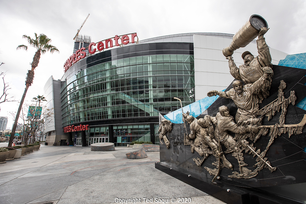 The Staples Center, home of the LA Lakers, Kings, and Clippers remains closed due to the Covid19 emergency.<br /> 3/19/2020 Los Angeles, CA USA<br /> (Photo by Ted Soqui/SIPA USA)