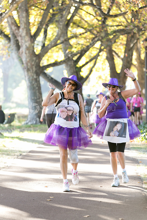 2015 Weekend to End Women's Cancers benefiting Harry Perkins Institute of Medical Research. CHARITY / EVENT: Perth, Western Australia. 28 & 29 Match, 2015. Photo: Ze Weng Wong / Event Photos Australia Pty Ltd