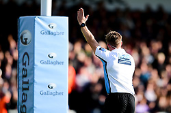 The referee awards Jonny Hill of Exeter Chiefs try - Mandatory by-line: Ryan Hiscott/JMP - 19/10/2019 - RUGBY - Sandy Park - Exeter, England - Exeter Chiefs v Harlequins - Gallagher Premiership Rugby