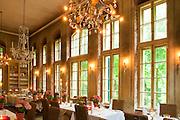 Restaurant, Hotel Villa Sorgenfrei, Radebeul bei Dresden, Sachsen, Deutschland.|.restaurant, Hotel Villa Sorgenfrei, Radebeul near Dresden, Germany