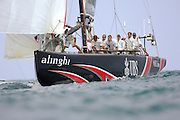 Alinghi SUi100 zeros in on the starboard gate in race four of the 32nd America`s Cup against Emirates Team New Zealand NZL92. 27/6/2007