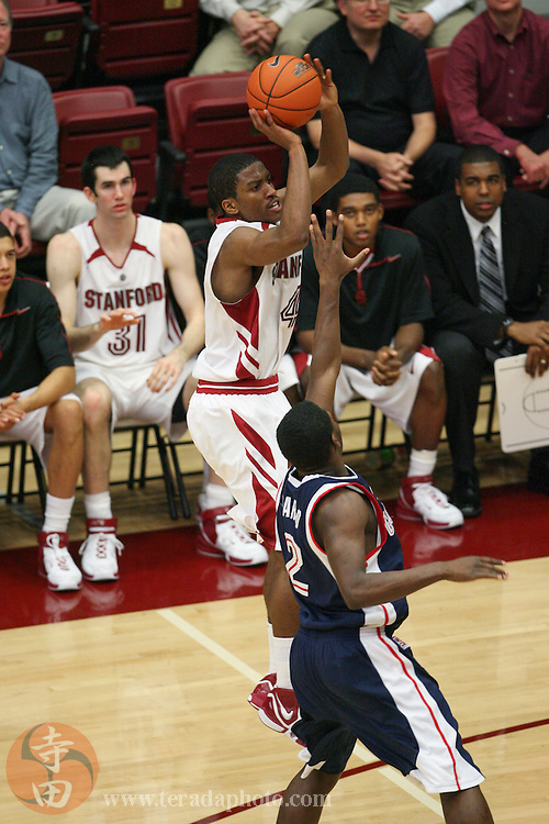 January 31, 2007; Stanford, CA, USA; Stanford Cardinal guard Anthony Goods (4) shoots the basketball against the Gonzaga Bulldogs guard Jeremy Pargo (2) during the game at Maples Pavilion. The Bulldogs defeated the Cardinal 90-86.