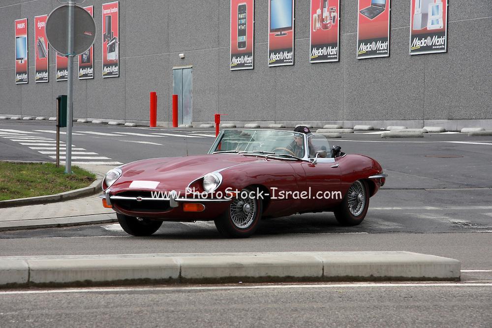 Jaguar E Type sports