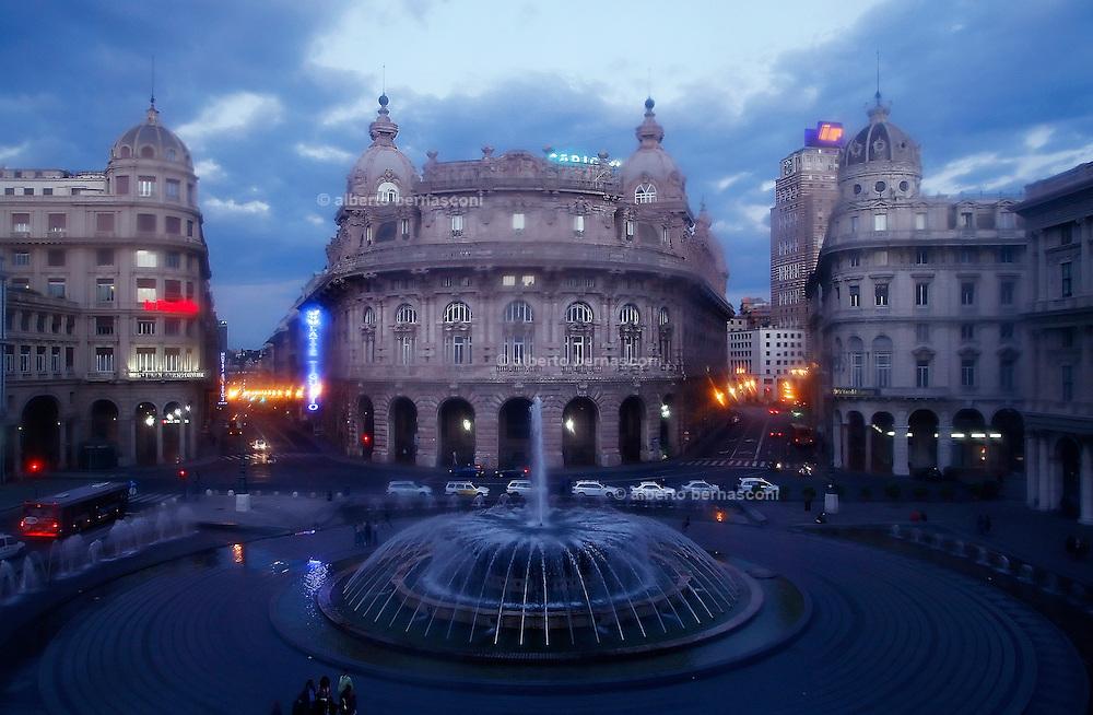 Italy, Genoa, Tango Festival: Piazza de Ferrari , the heart of Genoa, where the Palazzo Ducale is located...Italy, Genoa, Tango Festival:  Piazza De Ferrari, the heart of the town where the Palazzo Ducale is located , Modena