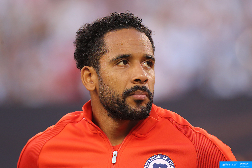 EAST RUTHERFORD, NEW JERSEY - JUNE 26:  Jean Beausejour #15 of Chile during team presentations before the Argentina Vs Chile Final match of the Copa America Centenario USA 2016 Tournament at MetLife Stadium on June 26, 2016 in East Rutherford, New Jersey. (Photo by Tim Clayton/Corbis via Getty Images)