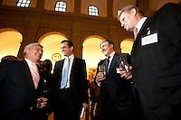 23 MAR 2009, BERLIN/GERMANY:<br /> Klaus-Peter Mueller, Vorsitzender des Aufsichtsrates Commerzbank AG, Karl-Theodor zu Guttenberg, CSU, Bundeswirtschaftsminister, Dr. Josef Ackermann, Vorstandsvorsitzender Group Executive Committee Deutsche Bank AG, und Andreas Schmitz, Vorstandssprecher HSBC Trinkhaus, (v.L.n.R.), im Gespraech, Empfang des Bundesverbandes Deutscher Banken anl. der Delegiertenversammlung und des Praesidentenwechsels, Bode-Museum<br /> IMAGE: 20090323-02-014<br /> KEYWORDS: Bankenverband, Peter Müller