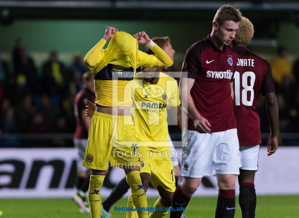 Samu Castielljo of Villarreal CF laments during the UEFA Europa League quarter final match at Estadio El Madrigal, Villarreal<br /> Picture by Maria Jose Segovia/Focus Images Ltd +34 660052291<br /> 07/04/2016