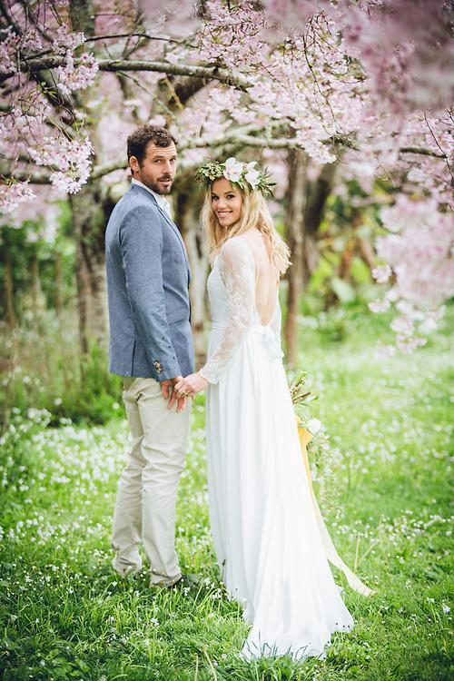 styled wedding photoshoot on the coromandel with spring blossoms and alpacas at Whitianga farm park felicity jean photography nzmakeupgirl dooley street styling coromandel wedding