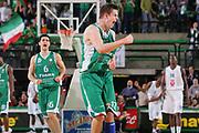 DESCRIZIONE : Treviso Eurolega 2006-07 Benetton Treviso Pau Orthez <br /> GIOCATORE : Nelson <br /> SQUADRA : Benetton Treviso <br /> EVENTO : Eurolega 2006-2007 <br /> GARA : Benetton Treviso Pau Orthez <br /> DATA : 24/01/2007 <br /> CATEGORIA : Esultanza <br /> SPORT : Pallacanestro <br /> AUTORE : Agenzia Ciamillo-Castoria/S.Silvestri <br /> Galleria : Eurolega 2006-2007 <br /> Fotonotizia : Treviso Eurolega 2006-2007 Benetton Treviso Pau Orthez <br /> Predefinita : si