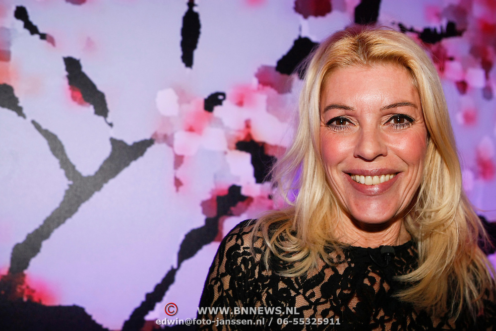 NLD/Amsterdam/201001212 - Lancering Cosmopolitan goes XXXL, Judith Osborn