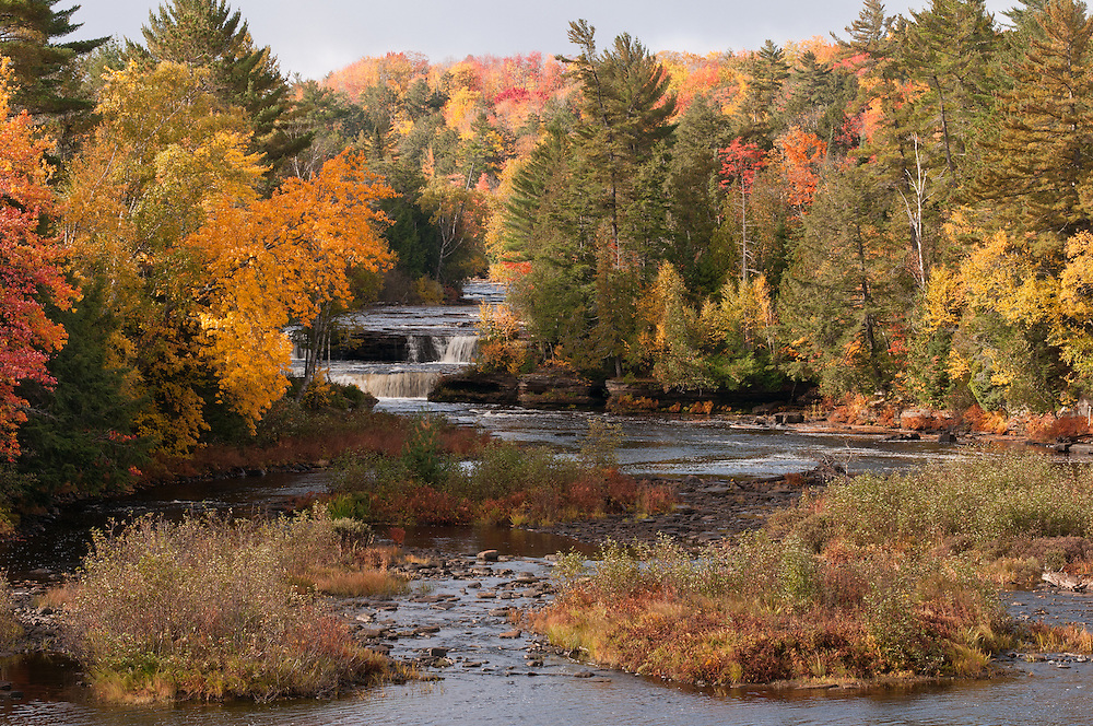 Lower Tahquamenon Falls,<br />