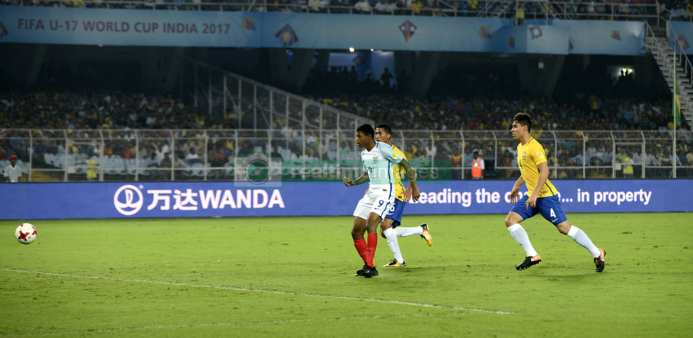 October 25, 2017 - Kolkata, West Bengal, India - England Rhain Brewster (jersey 9) scores his first goal during the FIFA U 17 World Cup India 2017 Semi Final match in Kolkata. Players of England and Brazil in action during the FIFA U 17 World Cup India 2017 Semi Final match on October 25, 2017 in Kolkata. (Credit Image: © Saikat Paul/Pacific Press via ZUMA Wire)