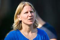 BILTHOVEN - Janneke Schopman, coach van SCHC , zondag tijdens de hoofdklasse competitiewedstrijd tussen de vrouwen van SCHC en MOP (5-0). COPYRIGHT KOEN SUYK