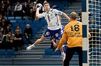 Håndball , postenligaen , 07. desember 2008 , stavanger - Drammen <br /> Ole Magnus Eklund , Drammen<br /> Fredrik Andersson , stavanger