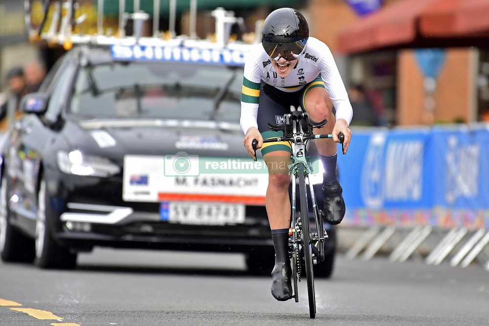 September 18, 2017 - Bergen, Norvege - BERGEN, NORWAY - SEPTEMBER 18 : Madeleine Fasnacht (Aus) in action during the Individual Time Trial Women Junior on day 2 of the 2017 World Road Championship cycling race on September 18, 2017 in Bergen, Norway, 18/09/2017 (Credit Image: © Panoramic via ZUMA Press)