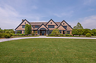 8 Two Trees Ln, Bridgehampton, NY