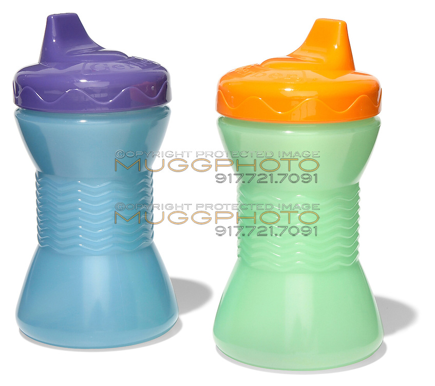 two plastic sippy cups